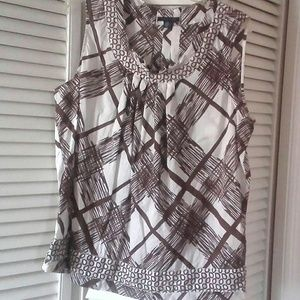 Tommy Hilfiger Brown and White Sleeveless Blouse